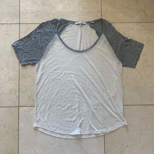 Bella Luxx NWOT Gray/White Baseball Tee Sz Medium